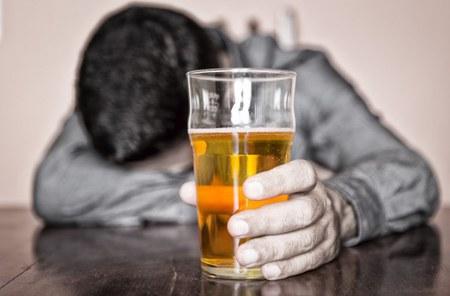 Consommation d'alcool : la fête ou la défaite?