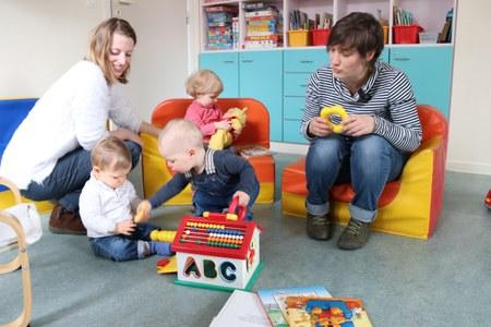 Planète bébé : nouveau lieu de rencontre pour jeunes parents