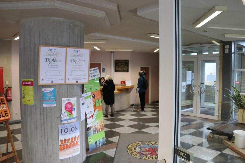 Travaux d\'aménagement du hall d\'entrée de l\'hôtel de ville — Ville d ...