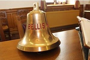 Bellis M 916 - remise de la cloche du navire