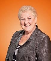 Mme Linda Bernard